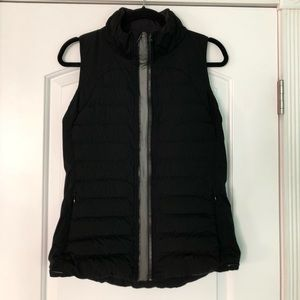 Lululemon fluffed up down vest black 8
